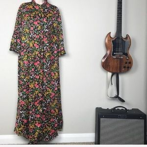 Vintage 1960s Black Floral High Neck Dressing Robe